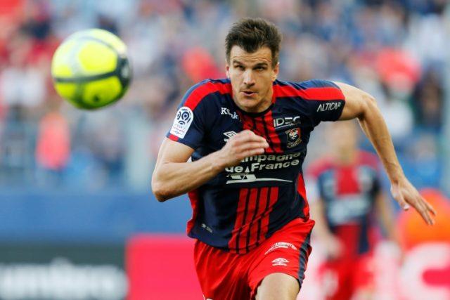 Fitness doubt hangs over Monaco's Polish defender Kamil Glik