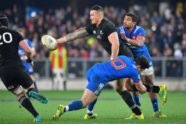 New Zealand made mass changes before the third Test against France.