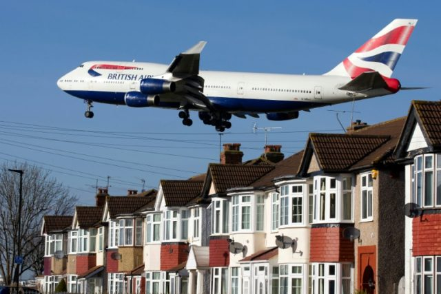Many MPs, particularly those representing London and south-east England, are strongly critical of plans to build a new runway at Heathrow airport, fearing the noise and pollution impact on a densely populated area