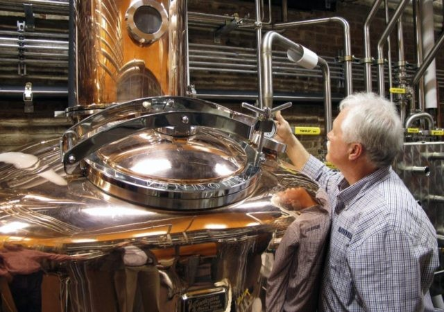 Sip and ship: Tourists can now send distillery whiskey home