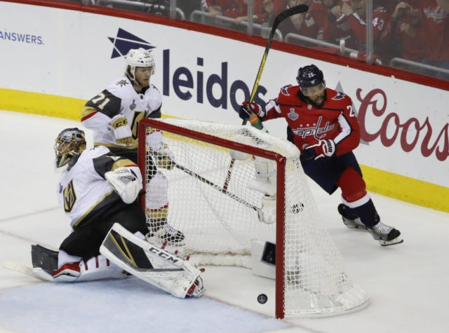 Devante Smith-Pelly, Marc-Andre Fleury,