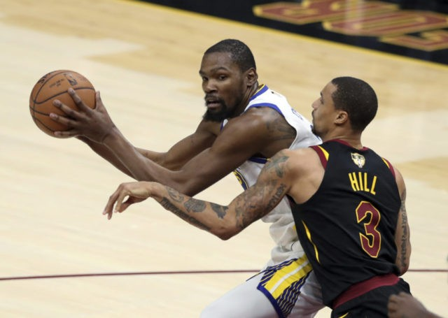 Durant has 43, Warriors take 3-0 NBA Finals lead over Cavs