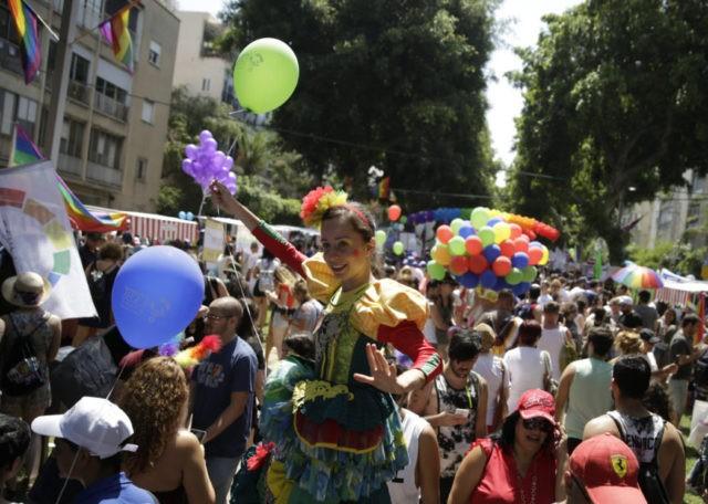 Over 250,000 people celebrate Gay Pride at Tel Aviv parade