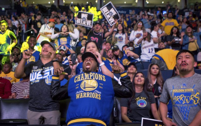 The Latest: Warriors win 2nd straight title, sweep Cavs