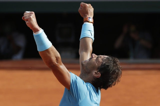 Nadal beats del Potro at French Open, faces Thiem for No. 11