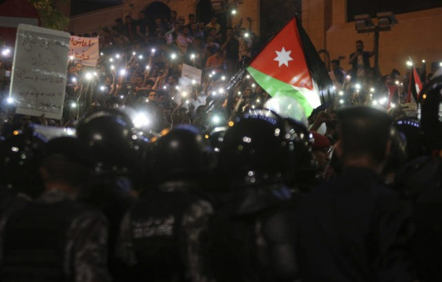 3 Gulf Arab states pledge $2.5B to Jordan after protests