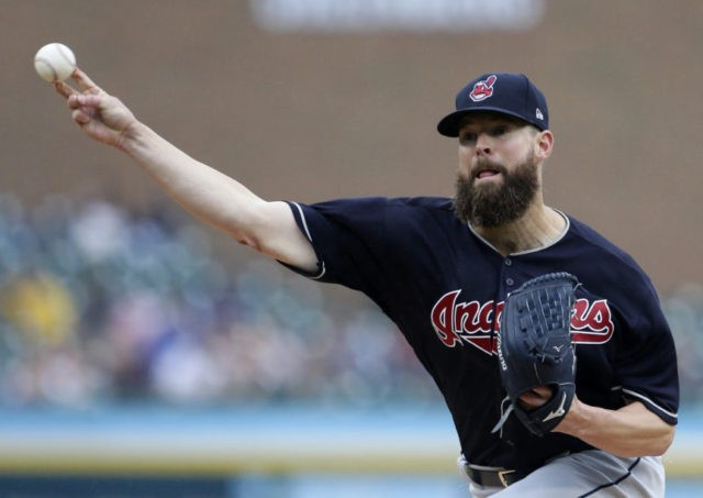 Indians' Kluber continues dominance of Tigers, AL Central