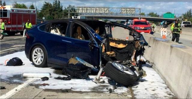 Feds: Tesla accelerated, didn't brake ahead of fatal crash