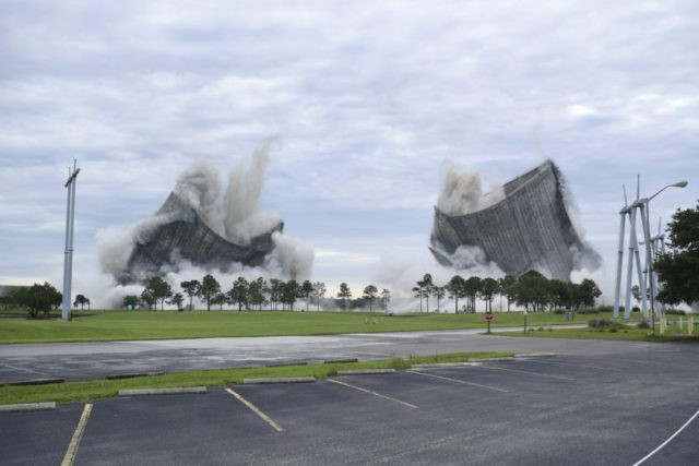 Cooling towers imploded at Florida power plant