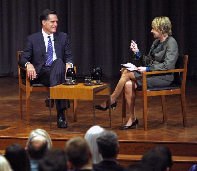 Elizabeth Brackett, Mitt Romney