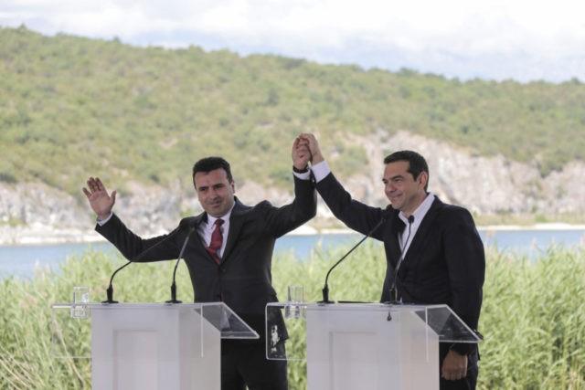 Alexis Tsipras, Zoran Zaev,