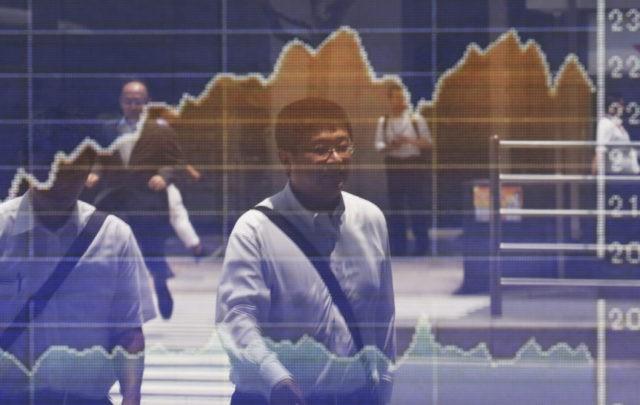 Global stocks mixed, Chinese market enters bear market
