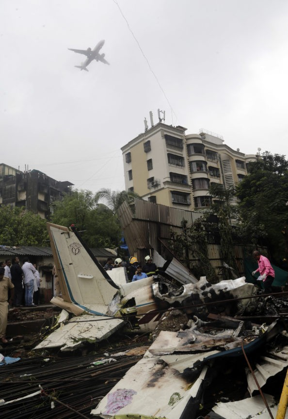 Plane that crashed in Mumbai, killing 5, was under repair