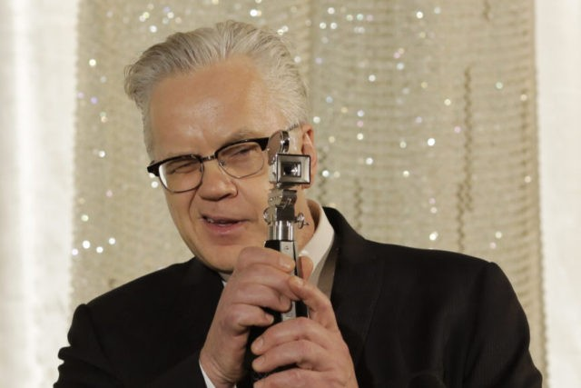 Czech film fest to honor Tim Robbins, Barry Levinson