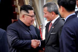 Kim arrives in Singapore ahead of N.K.-U.S. summit