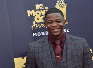 Chadwick Boseman honors James Shaw Jr. at MTV Movie & TV Awards