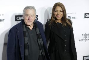 Robert De Niro, Mandy Moore among Walk of Fame class of 2019