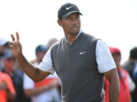 Tiger Turns Back Clock at British Open with Battle for Claret Jug Wide Open