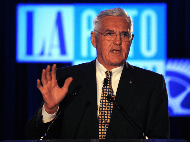 Bob Lutz kicks-off the Los Angeles Auto Show by delivering the Motor Press Guild (MPG) keynote address, replacing Fritz Henderson, who has resigned as president and chief executive officer of General Motors on December 2, 2009 in Los Angeles, California. The Los Angeles Auto Show will be open to the …