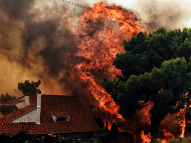 Residents flee as wildfires rage west of Athens