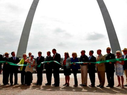 FILE - In this July 3, 2018, file photo, Susan Saarinen, daughter of Gateway Arch architect Eero Saarinen, cuts the ribbon dedicating the renovation to the newly renamed Gateway Arch National Park in St. Louis. Democratic state Rep. Bruce Franks Jr., who is black, is calling for a do-over after …