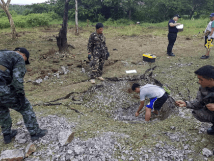 Powerful bomb in van kills at least 10 in south Philippines