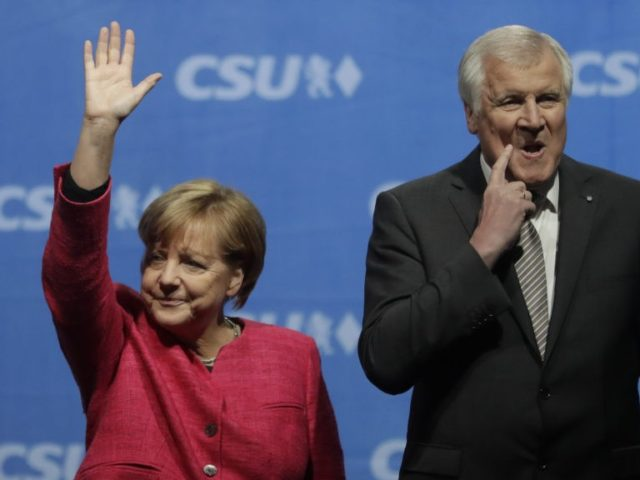 No resolution to German government crisis over migrant plans
