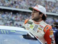 NASCAR race at Daytona begins with Chase Elliott on pole