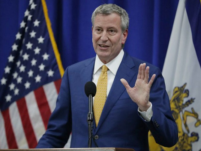 New York City Mayor Bill De Blasio speaks during a news conference announcing a proposed ordinance to provide low income residents of Newark with access to free legal representation in landlord-tenant disputes, Tuesday, May 1, 2018, in Newark, N.J. (AP Photo/Julio Cortez)
