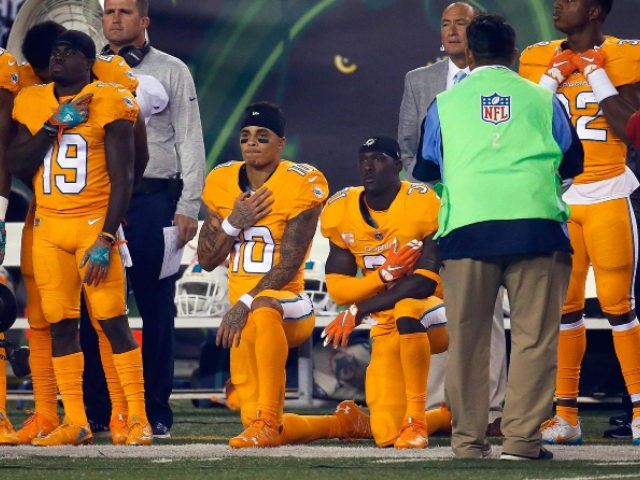 Dolphins' Kenny Stills Slams NFL for 'Blackballing' Kaepernick, Reid over Anthem Protests