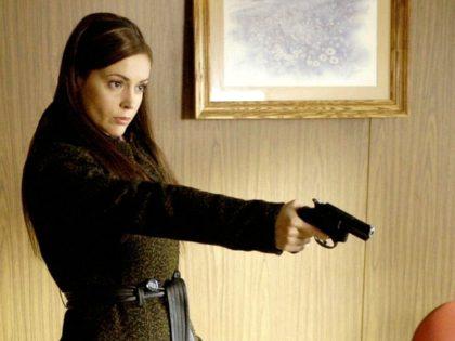 Alyssa Milano in Wisegal (Daniel H. Blatt Productions, 2008)