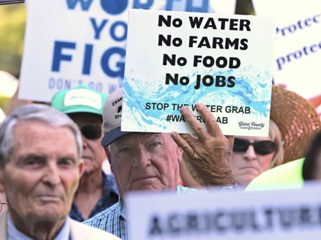Bay-Delta Plan water protest (Rich Pedroncelli / Associated Press)