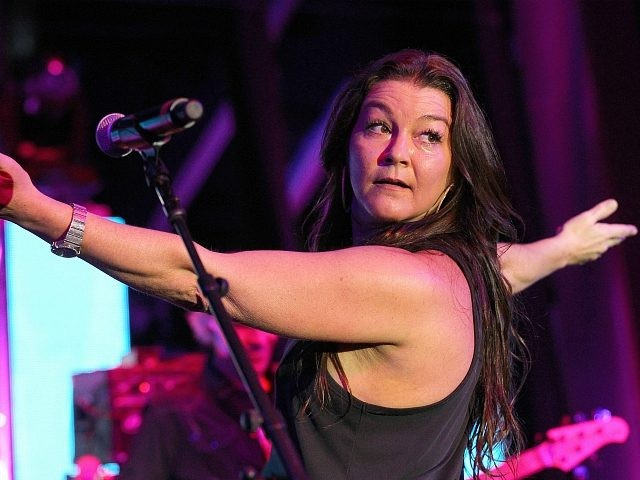 Gretchen Wilson performs onstage at the WME Party during IEBA 2017 Conference on October 17, 2017 in Nashville, Tennessee. (Photo by Terry Wyatt/Getty Images for IEBA)