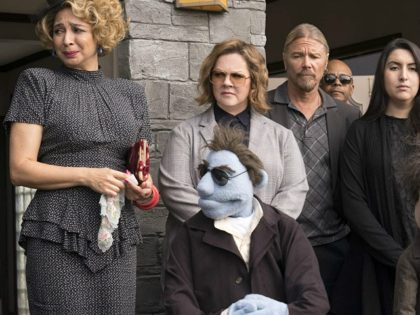 Bill Barretta, Melissa McCarthy, and Maya Rudolph in The Happytime Murders (Black Bear Pictures, 2018)