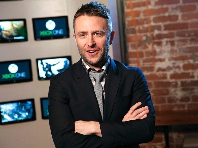 Chris Hardwick attends a sneak peek preview of the new Titanfall on Xbox One at the Microsoft Lounge on February 24, 2014 in Venice, California. (Photo by Imeh Akpanudosen/Getty Images for Xbox)