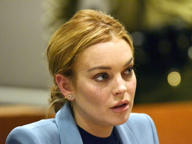 Lindsay Lohan Apologizes for Criticism of #MeToo