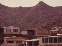 Malibu trailer park (Charles O'Rear / Wikimedia Commons)