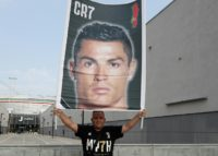 Cristiano Ronaldo, who has left Real Madrid for Juventus, will pay the Spanish authorities a reduced sum for dodging taxes on image rights.