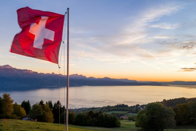 Muslim couple denied Swiss citizenship over handshake refusal