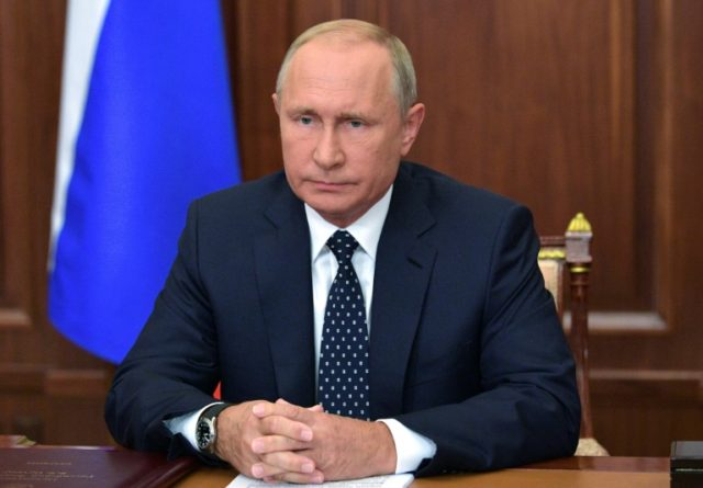 Twitter Bans English Putin Account for 'Impersonation'