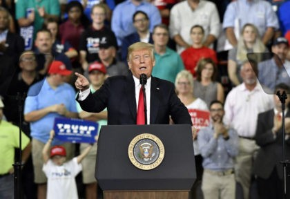 At rally, Trump urges Indiana voters to unseat Sen. Donnelly
