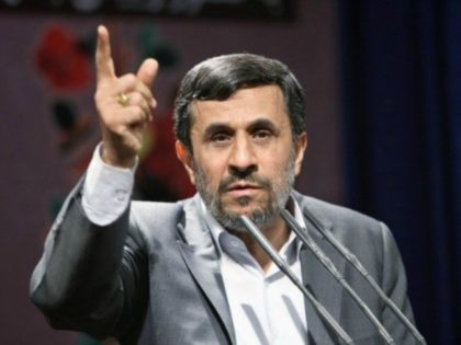 Former Iranian President Mahmoud Ahmadinejad Tweets Support for Colin Kaepernick