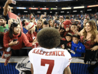 Fans Push 49ers to Sign Kaepernick After Jimmy Garoppolo Injury