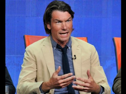 "Jerry O'Connell participates in the ""We Are Men"" panel at the CBS Summer TCA on Monday, July 29, 2013, at the Beverly Hilton hotel in Beverly Hills, Calif. (Photo by Chris Pizzello/Invision/AP)"