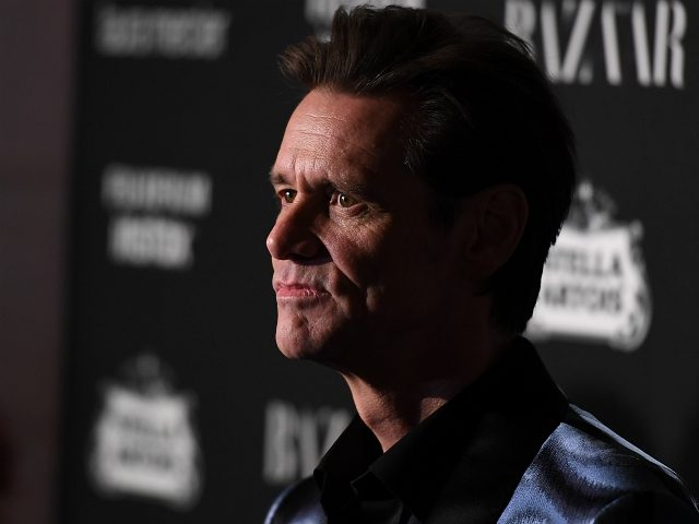 Jim Carey attends Harper's BAZAAR Celebration of 'ICONS By Carine Roitfeld' at The Plaza Hotel presented by Infor, Laura Mercier, Stella Artois, FUJIFILM and SWAROVSKI on September 8, 2017 in New York City. / AFP PHOTO / ANGELA WEISS (Photo credit should read ANGELA WEISS/AFP/Getty Images)