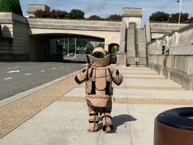 Three Air Force explosive ordnance disposal (EOD) technicians based at Joint Base Andrews in Maryland came to the Pentagon this week to brief reporters on what it takes to be a member of a military bomb squad, and Breitbart News reporter Kristina Wong experiments with a bomb suit.