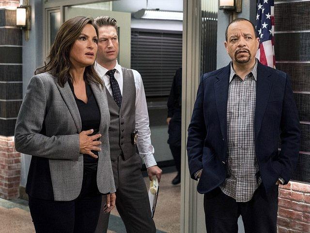 Ice-T, Mariska Hargitay, and Peter Scanavino in Law & Order: Special Victims Unit (NBC, 1999)