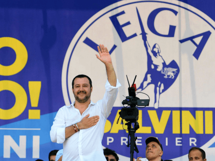 Salvini Hails Sweden Populists: 'Homeland of Multiculturalism Finally Decided to Change'
