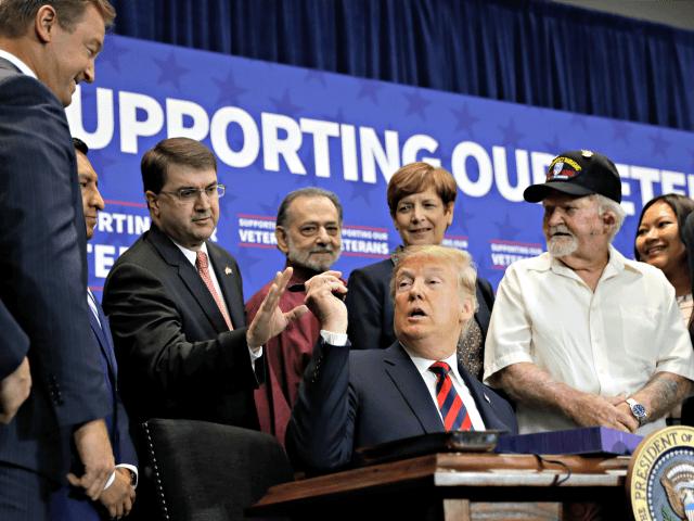 Las Vegas Marine Thanks Donald Trump for Keeping Promise to Veterans | Breitbart