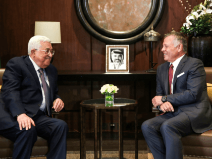 Jordan's King Abdullah II (R) meets with Palestinian president Mahmoud Abbas at the Royal Palace in the capital Amman on August 8, 2018. (Photo by Khalil MAZRAAWI / POOL / AFP) (Photo credit should read KHALIL MAZRAAWI/AFP/Getty Images)